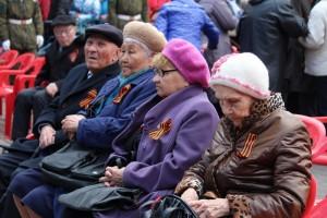 Торжественный митинг и возложение венков